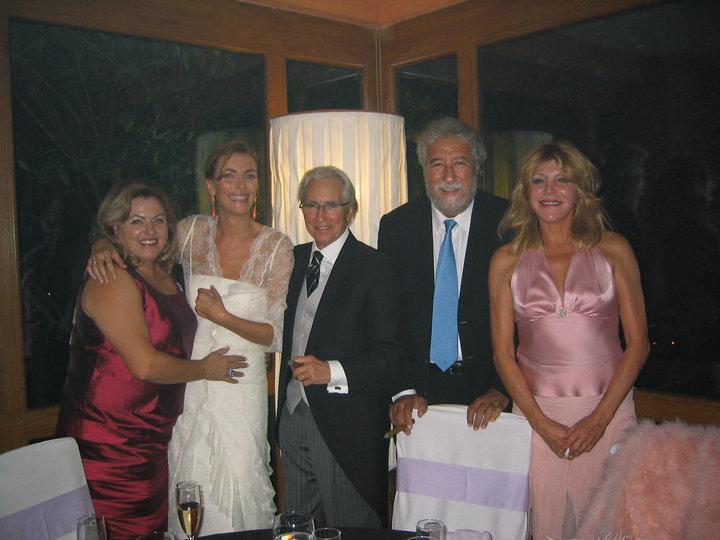Con la baronesa Thyssen en la boda de mi amigo Manuel Segura.