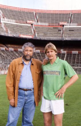 Con Bernard Schuster en el estadio Vicente calderón.